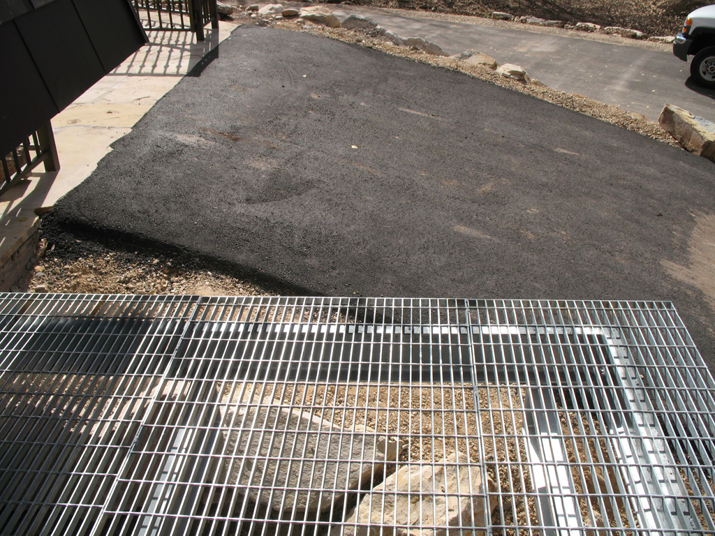 iron-anvil-other-items-misc-bar-grate-deck-park-city-1