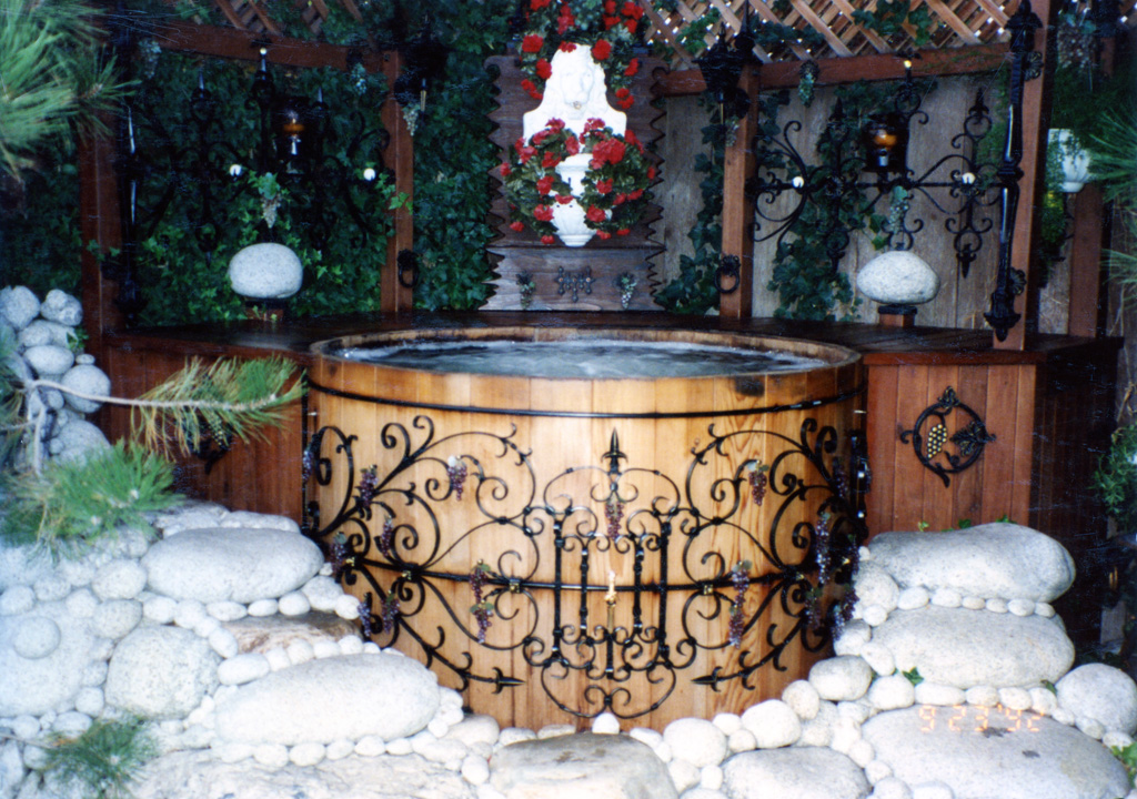 iron-anvil-other-items-misc-scrolls-hot-tub-newman-1