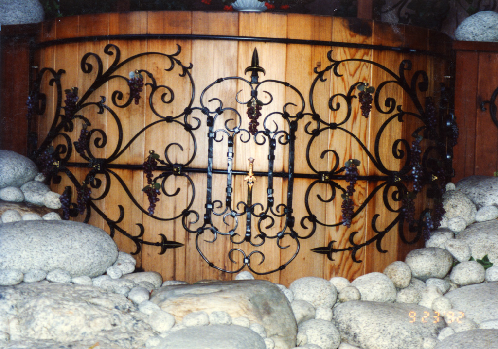 iron-anvil-other-items-misc-scrolls-hot-tub-newman-2