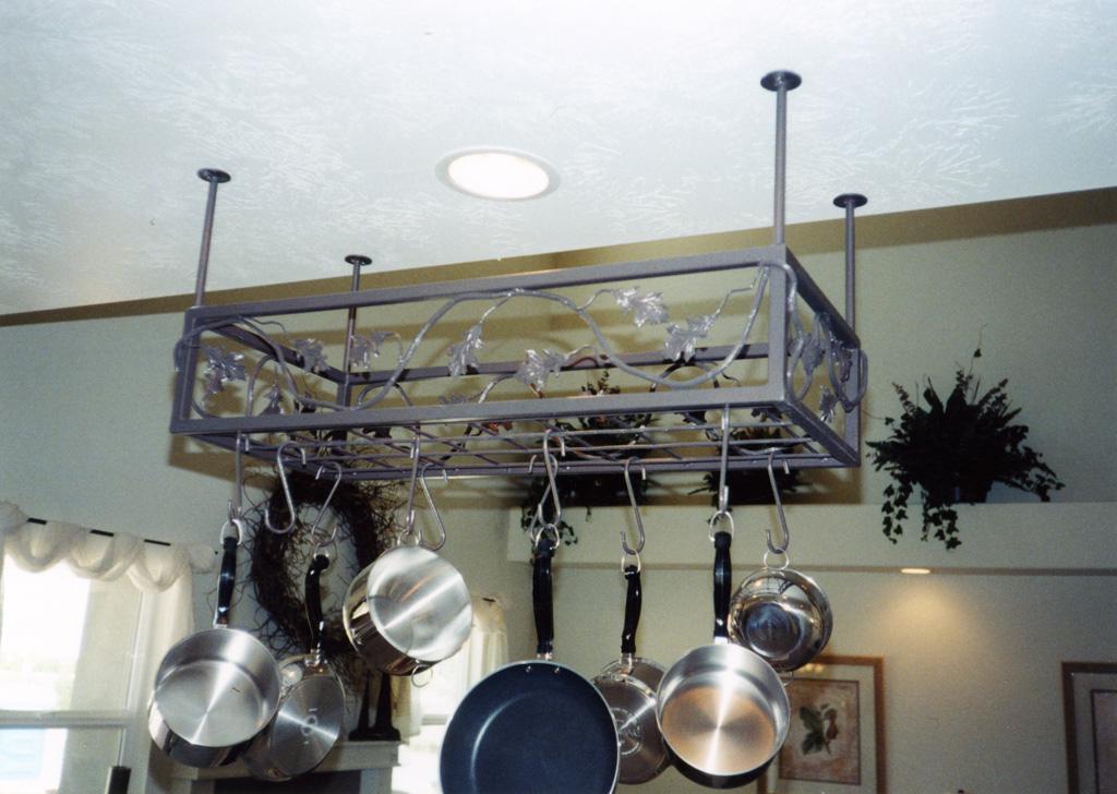 iron-anvil-other-items-pot-racks-23