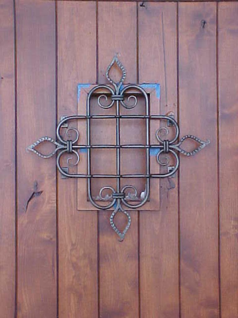 iron-anvil-other-items-speak-easy-door-grid-rothman-2