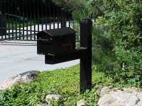 iron-anvil-other-items-mailboxes-in-the-cove