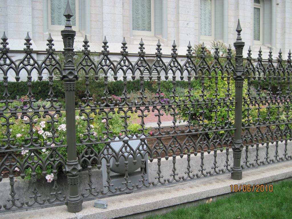 iron-anvil-railing-antiques-antique-fence-slc-temple-south-side-3