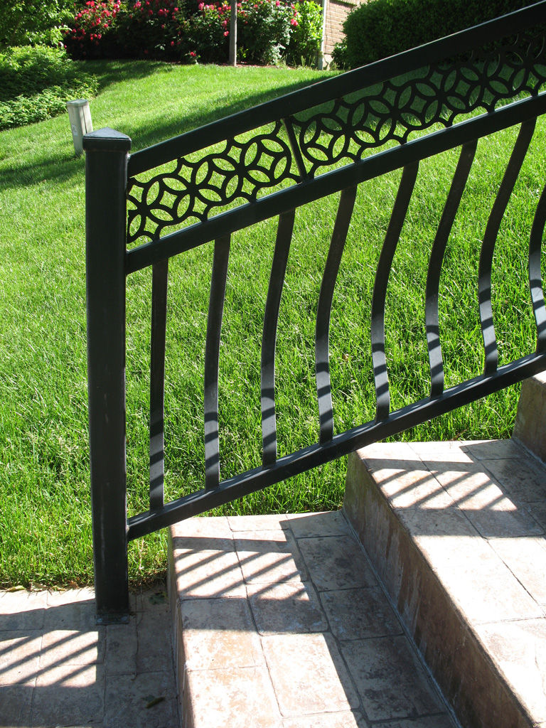 iron-anvil-railing-belly-rail-double-top-flat-bar-casting-by-others-2