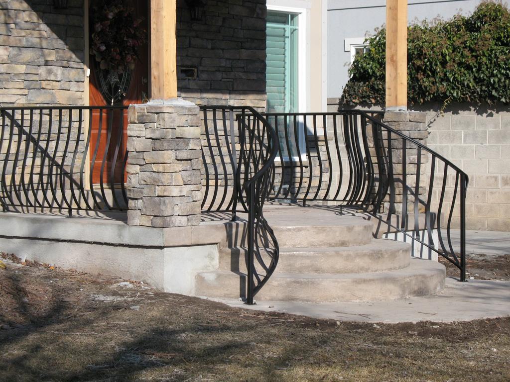 iron-anvil-railing-belly-rail-single-top-flat-bar-1300-east-3