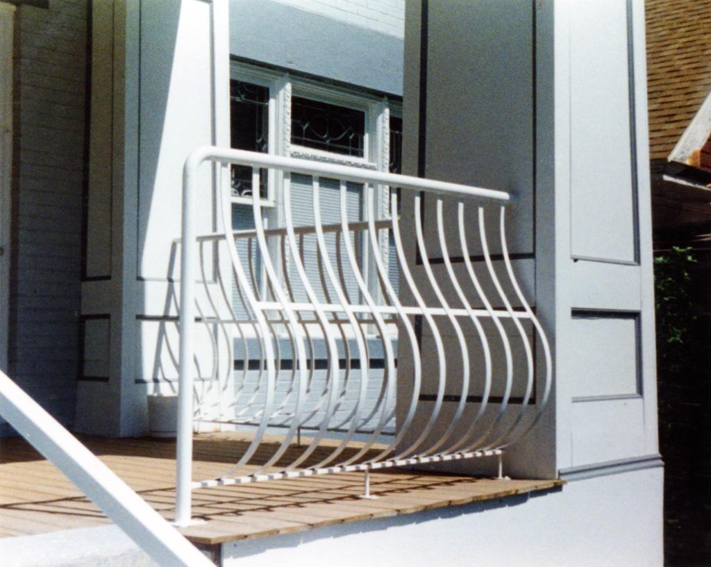 iron-anvil-railing-belly-rail-single-top-flat-bar-29-1605
