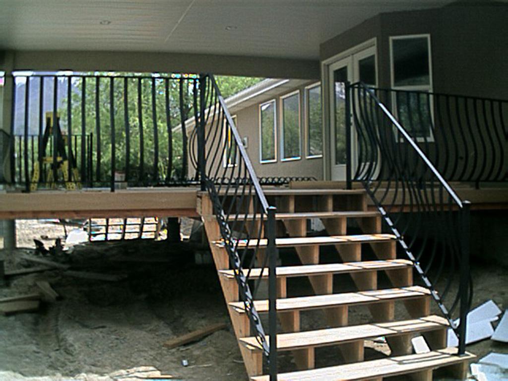 iron-anvil-railing-belly-rail-single-top-flat-bar-29-1619-cobalt-bart-wilson-3