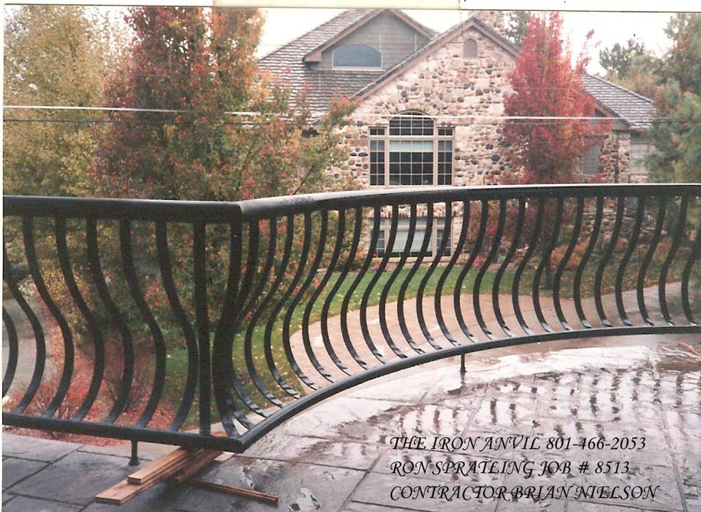 iron-anvil-railing-belly-rail-single-top-flat-bar-nielson-brian-ron-spratling-job-8513-pipe-top-and-btm-2-2