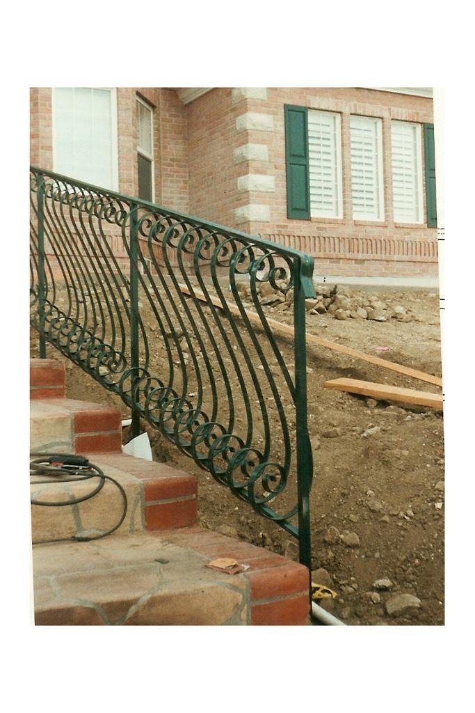 iron-anvil-railing-belly-rail-single-top-flat-bar-s-scroll-29-1015-bennett-belly-rail-3