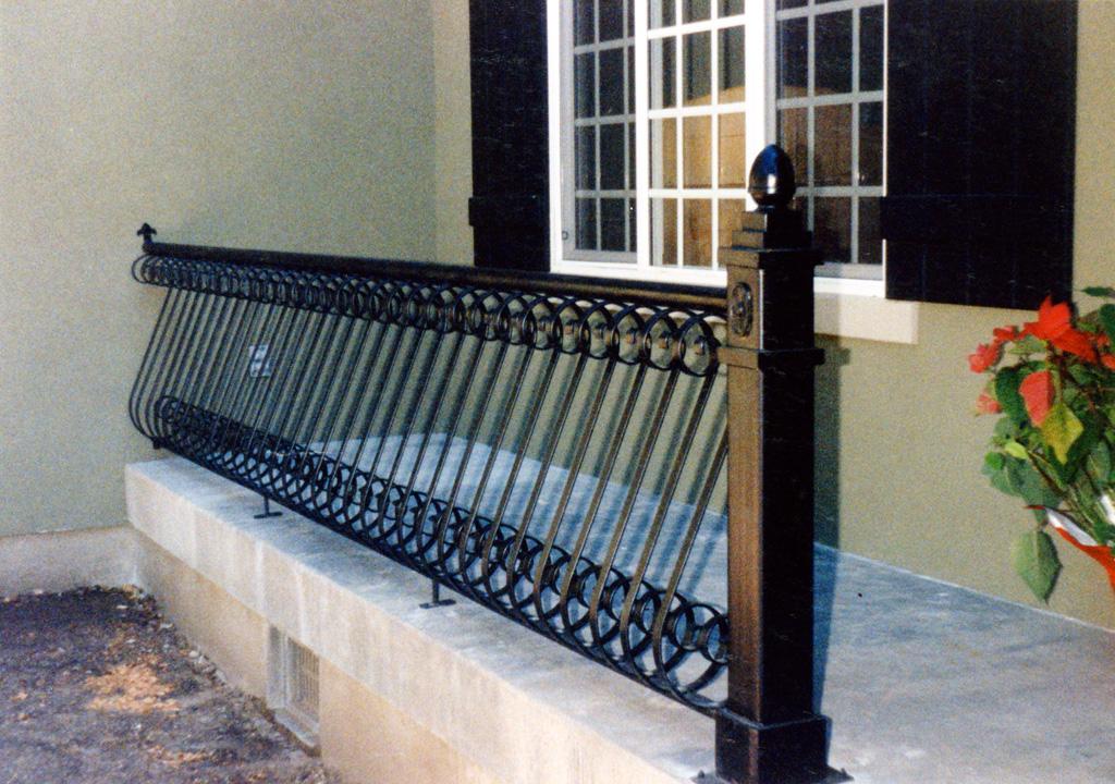iron-anvil-railing-belly-rail-single-top-flat-bar-s-scroll-top-avenues-xx-xx01-6-5