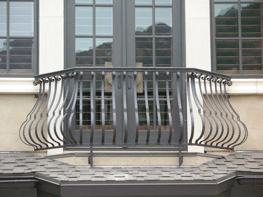iron-anvil-railing-belly-rail-single-top-flat-bar-scroll-top-integrated-mcdowell-5-1