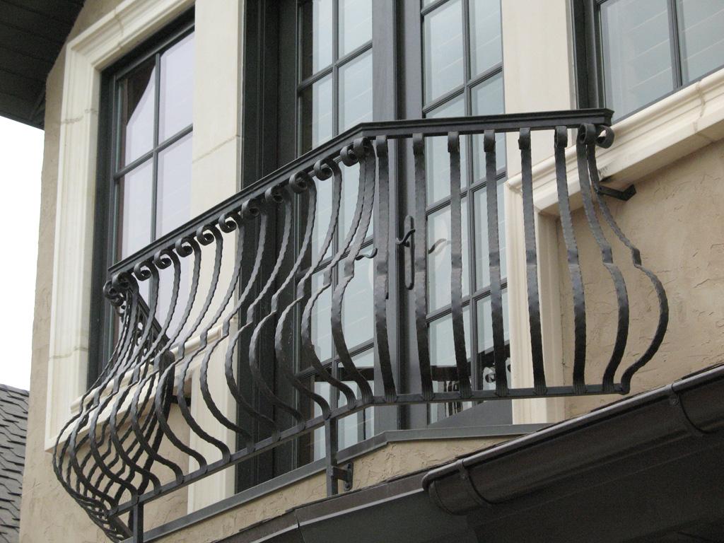 iron-anvil-railing-belly-rail-single-top-flat-bar-scroll-top-integrated-mcdowell-5-2