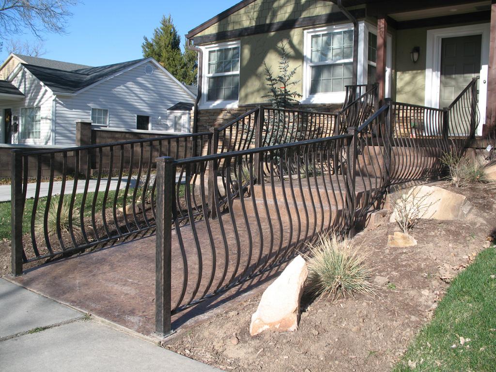 iron-anvil-railing-belly-rail-single-top-flat-bar-young-barbara-14754-3