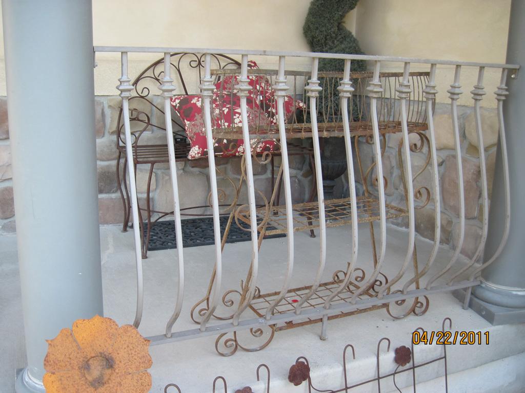 iron-anvil-railing-belly-rail-single-top-square-collars-2
