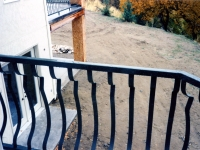 iron-anvil-railing-belly-rail-single-top-flat-bar-by-others-29-1031-7