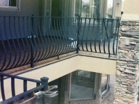 iron-anvil-railing-belly-rail-single-top-flat-bar-roy-moore-4