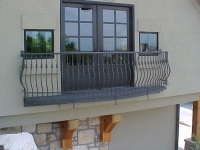 iron-anvil-railing-belly-rail-single-top-round-collars-prows-rose-juliette-balcony-1