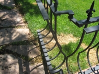 iron-anvil-railing-belly-rail-single-top-square-spear-29-1620-bennet-betty-penny-chandler-circles-a-4