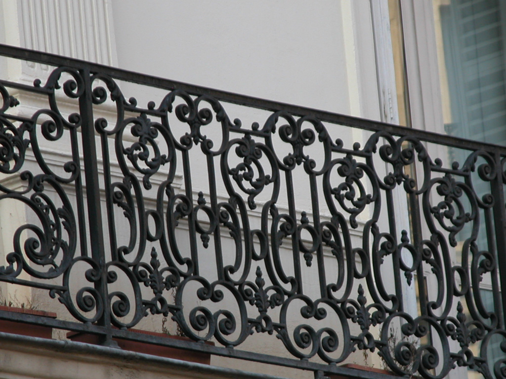 iron-anvil-railing-by-others-european-france-paris-263-34