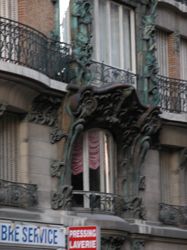 iron-anvil-railing-by-others-european-france-paris-263-37