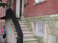 iron-anvil-railing-by-others-lateral-by-others-1-1