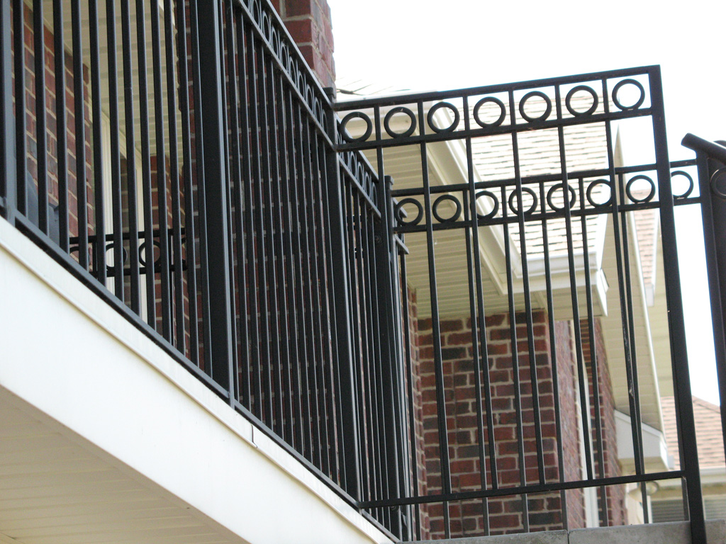 iron-anvil-railing-double-top-circles-circles-centerville