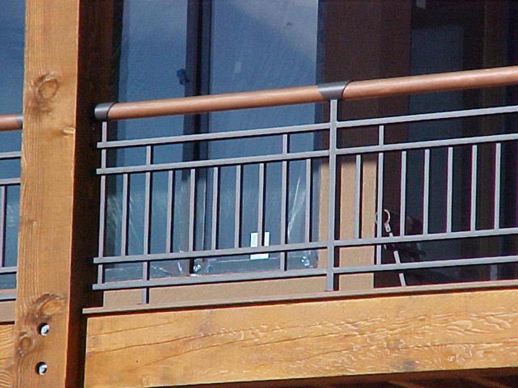 iron-anvil-railing-double-top-copper-utah-cont-brass-top-rail-1-3
