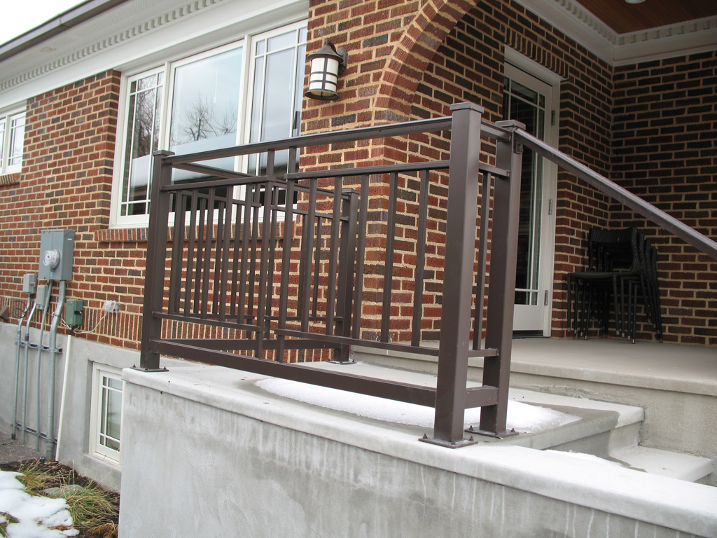 iron-anvil-railing-double-top-simple-hardy-kim-job-13746-double-top-and-btm-1-2