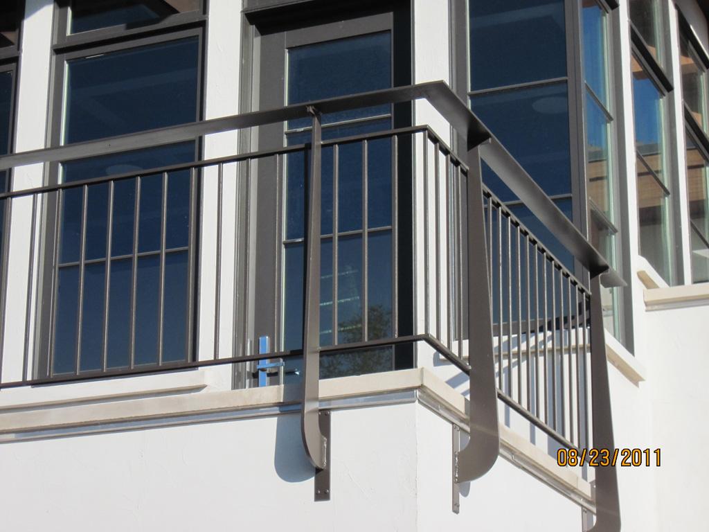 iron-anvil-railing-double-top-simple-ingerson-const-boshito-rail-8-4