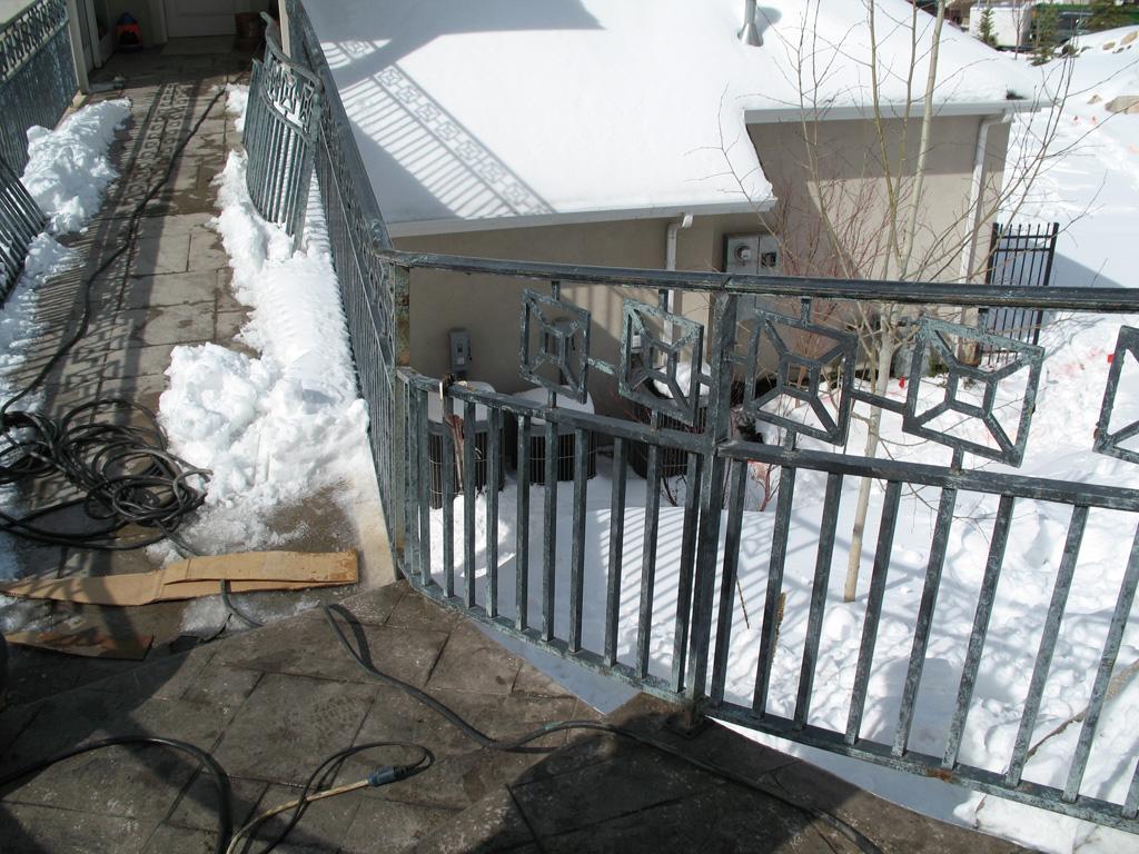 iron-anvil-railing-double-top-valance-casting-square-pattern-12-1007-denny-jensen-bridge-2-6