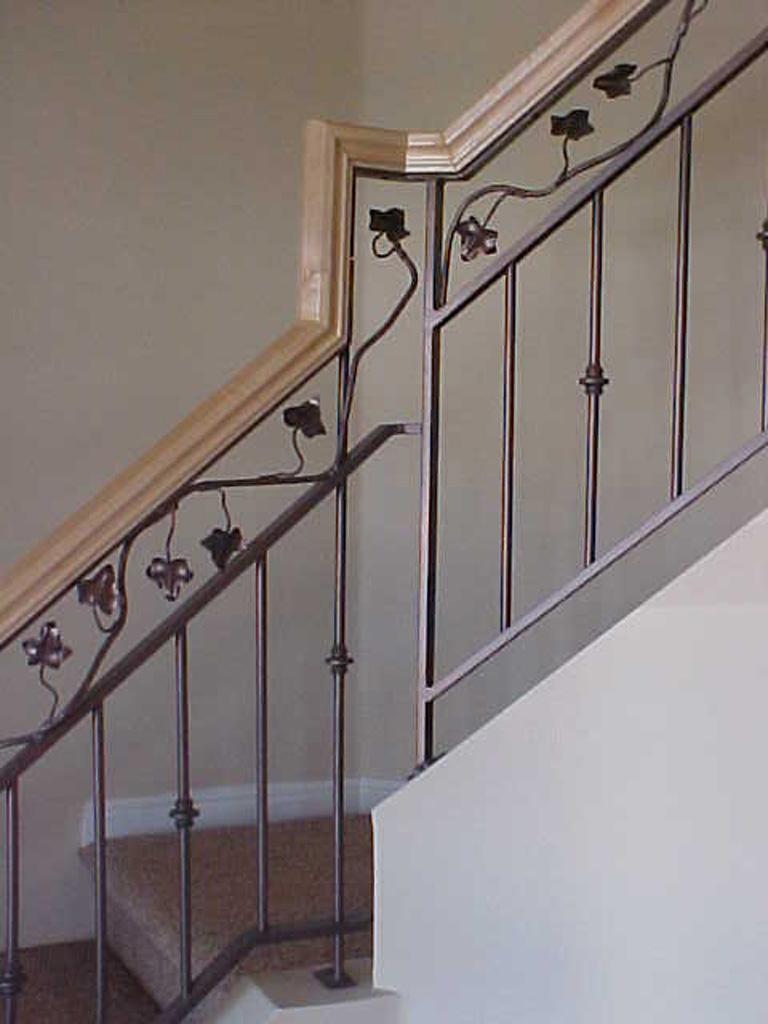 iron-anvil-railing-double-top-valance-vine-12