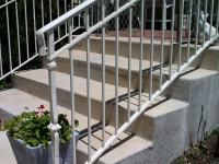 iron-anvil-railing-double-top-simple-keller-ferris-rental-1-2