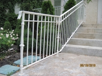 iron-anvil-railing-double-top-simple-keller-ferris-rental-1-4