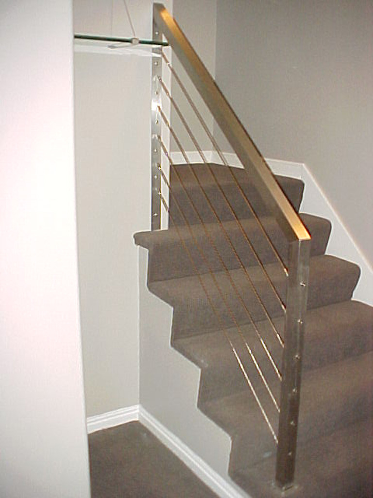 iron-anvil-railing-horizontal-cable-gurr-by-others-1