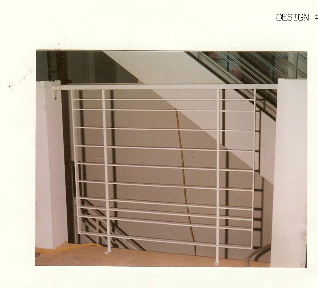 iron-anvil-railing-horizontal-flat-bar-dennis-glass-2127