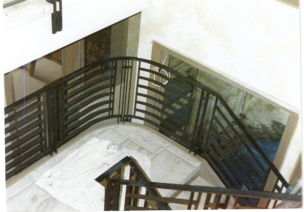 iron-anvil-railing-horizontal-flat-bar-park-city