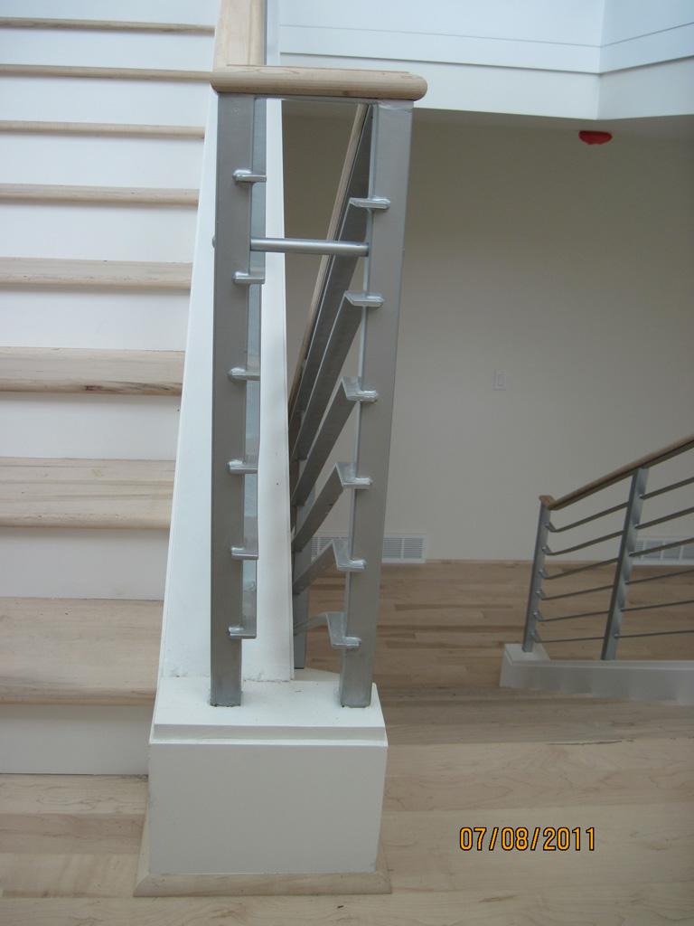 iron-anvil-railing-horizontal-flat-bar-steel-pattern-urban-h-street-unit-b-8