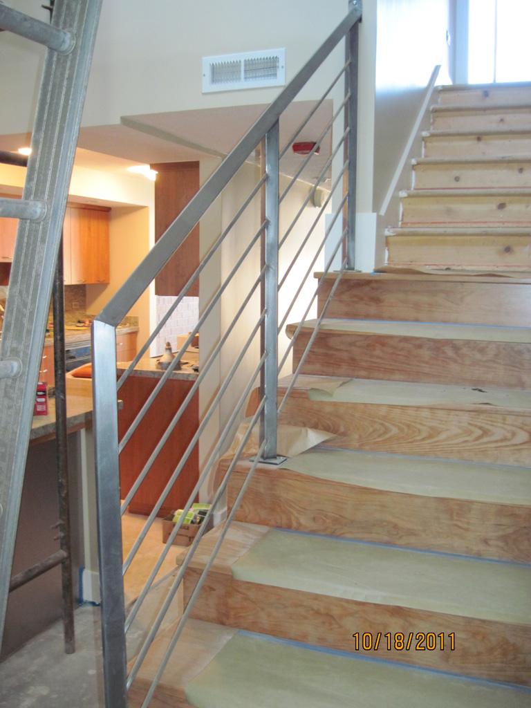 iron-anvil-railing-horizontal-pipe-round-bar-fix-it-wright-15700-1