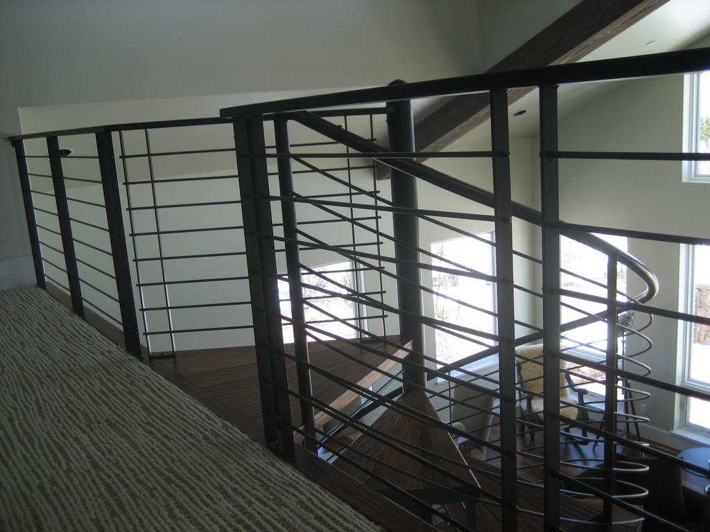 iron-anvil-railing-horizontal-round-bar-sletta-construction-14338-1-1