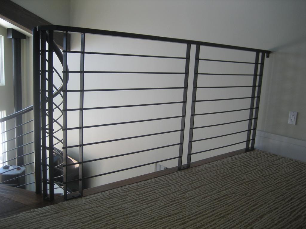 iron-anvil-railing-horizontal-round-bar-sletta-construction-14338-1-2