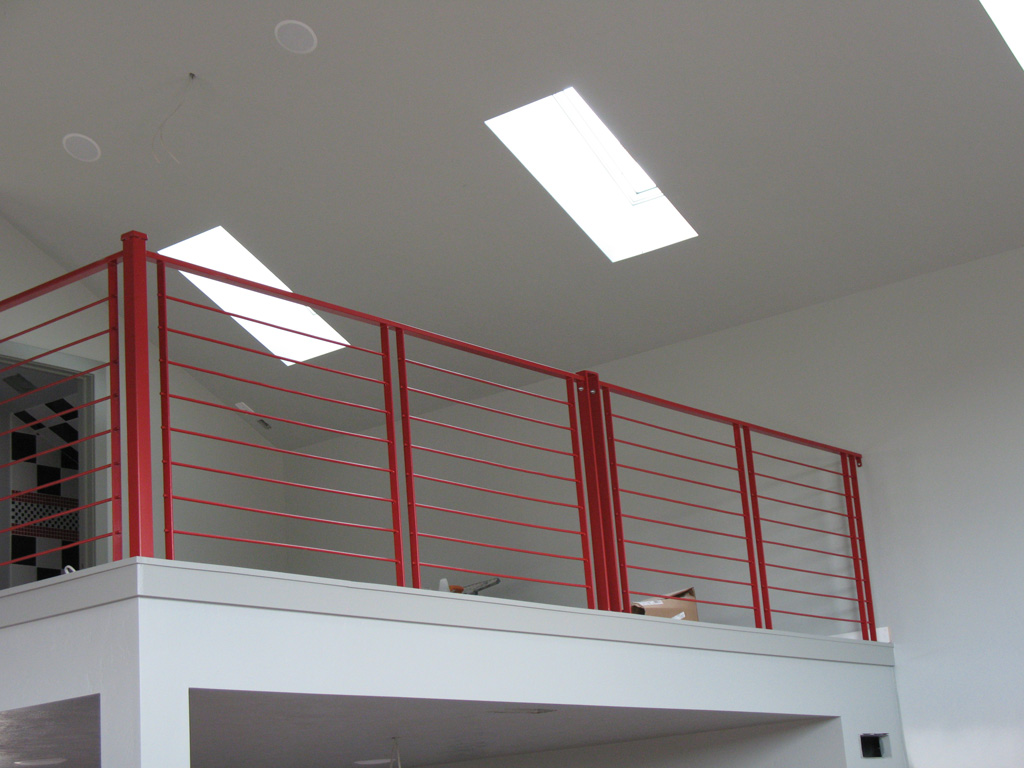 iron-anvil-railing-horizontal-round-bar-wright-homes-15327-13-4516-1