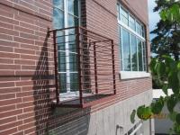 iron-anvil-railing-horizontal-flat-bar-urban-14868-unit-a-9