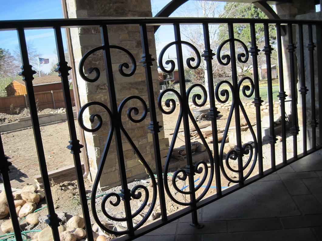 14-7810-Iron-Anvil-Railing-Scrolls-And-Patterns-Repeating-HARPER-15940-