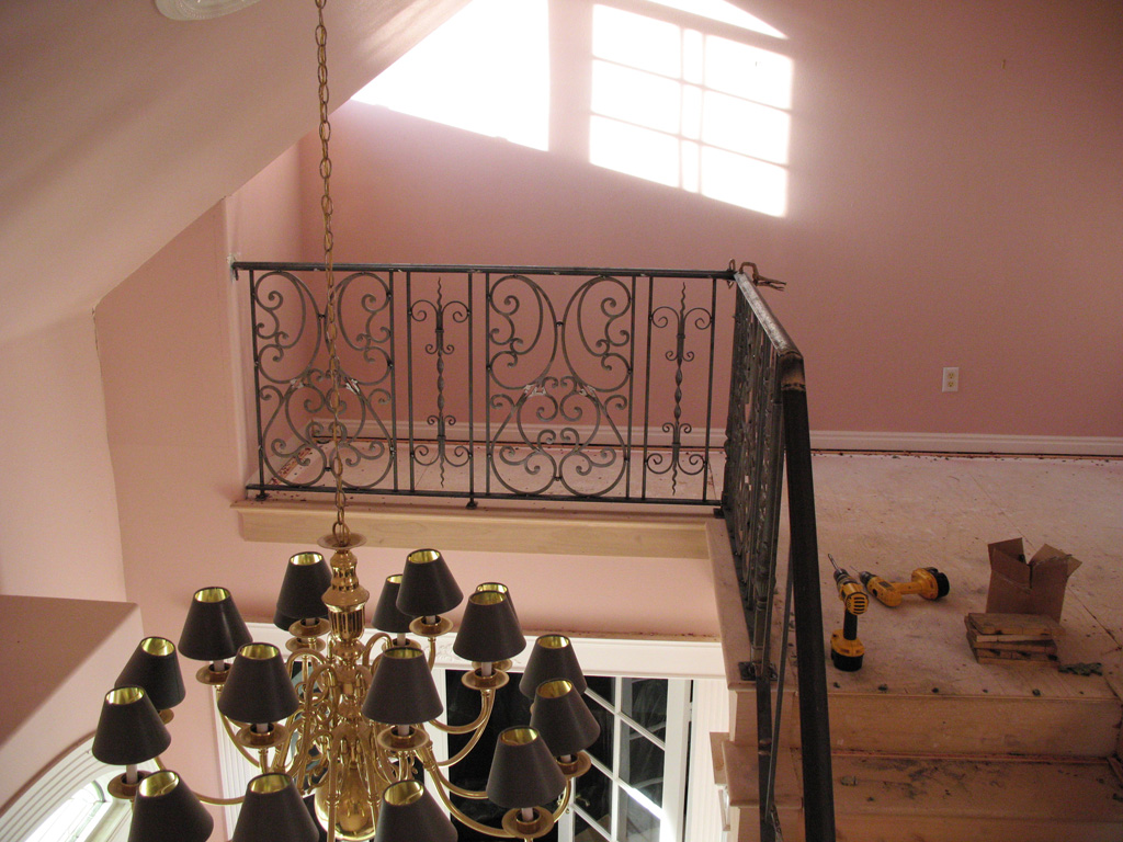 iron-anvil-railing-scrolls-and-patterns-double-panels-castings-hopkins-interior-highland-3
