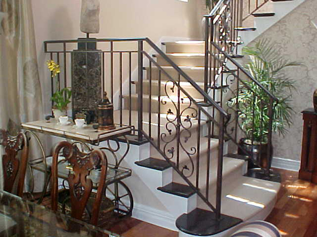 iron-anvil-railing-scrolls-and-patterns-double-panels-castings-scrolls-chateau-on-the-green-lot-5-12-0074-3