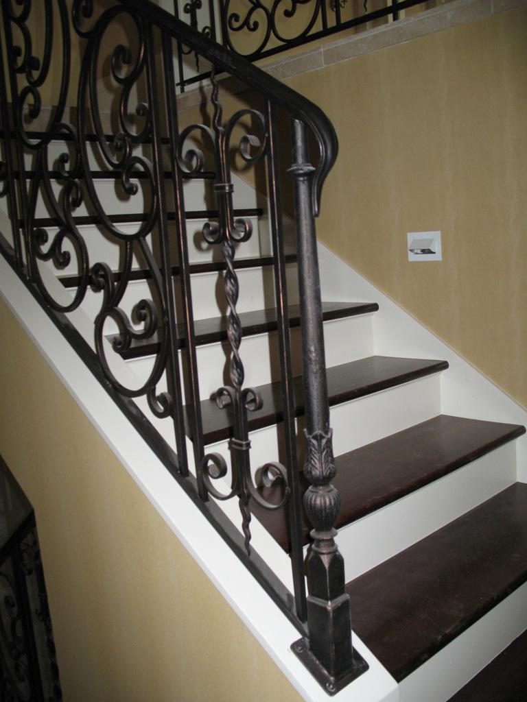 iron-anvil-railing-scrolls-and-patterns-double-panels-castings-watts-bonnemart-inside-rail-like-alpine-2