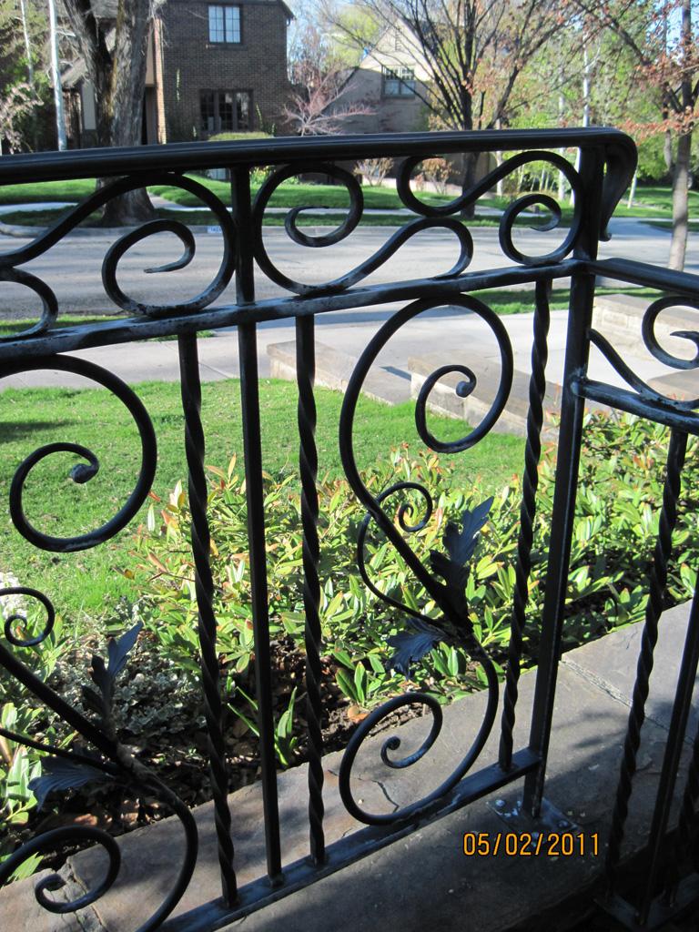 iron-anvil-railing-scrolls-and-patterns-european-mesina-a