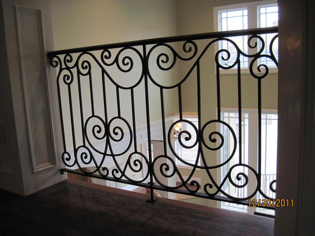 iron-anvil-railing-scrolls-and-patterns-european-stonebrook-tate-post-1