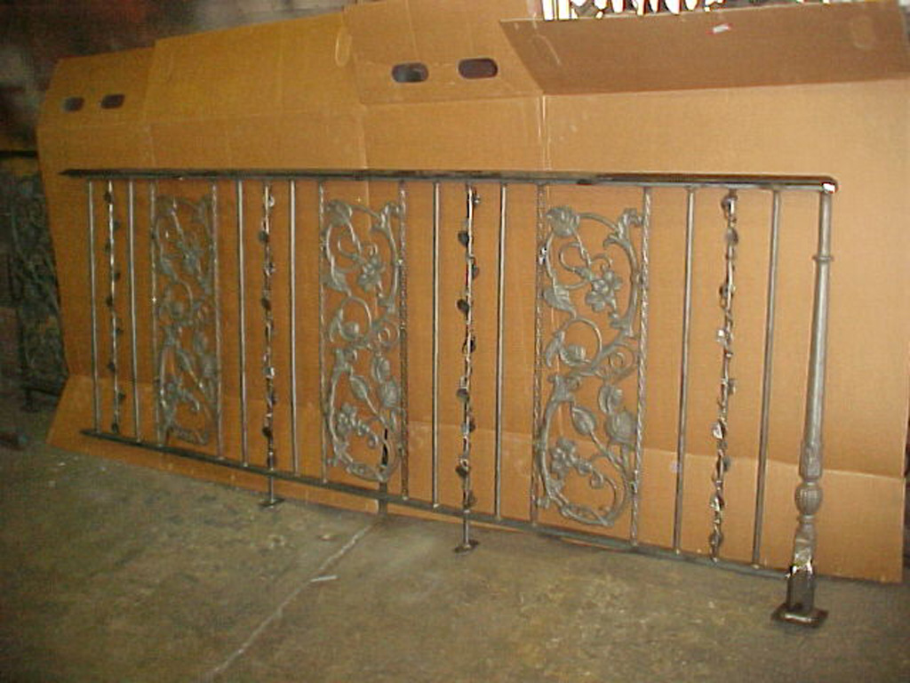 iron-anvil-railing-scrolls-and-patterns-panels-castings-candy-railing-in-cove-r25-r26-r27-r28-r29-6