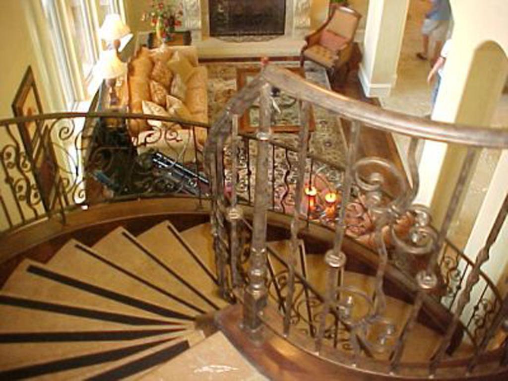 iron-anvil-railing-scrolls-and-patterns-panels-castings-njm-home-show-rail-draper-lot-95-r106-r107-r108-1